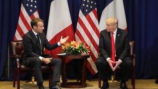 Emmanuel Macron et Donald Trump lors d'une réunion bilatérale, le 24 septembre 2018, àNew York. (LUDOVIC MARIN / AFP)