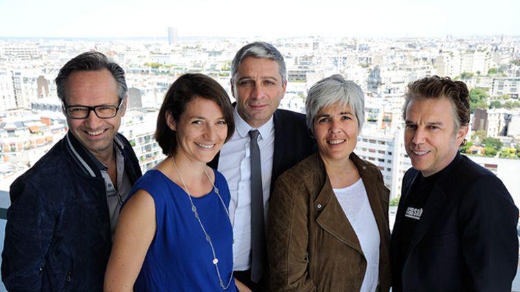 (Gérald Roux, Céline Asselot, Jean-François Achilli, Fabienne Sintès et Philippe Vandel © Radio France / Christophe Abramowitz)