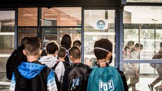 Des élèves de 6ème au collège François-Mitterand de Toulouges en septembre 2020. (MAXPPP)