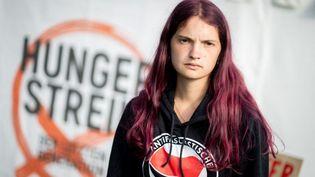 Mephisto, une jeune militante allemande en grève de la faim pour le climat, le 15 septembre 2021 à Berlin (Allemagne). (KAY NIETFELD / DPA / AFP)