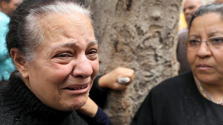 Des femmes en pleurs après l'attentat survenu à Tanta (Egypte), le 9 avril 2017. (MOHAMED ABD EL GHANY / REUTER / X02738)