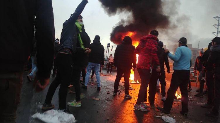 Des manifestants iraniens à Téhéran, le 16 novembre 2019. (AFP)