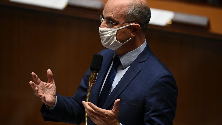 Jean-Michel Blanquer, le 20 octobre 2020, lors d'une séance de questions à l'Assemblée nationale, à Paris. (CHRISTOPHE ARCHAMBAULT / AFP)