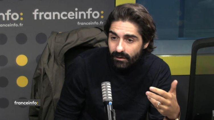 """Fabrice Arfi, journaliste à """"Médiapart"""" qui a révélé l'affaire Cahuzac. (CAPTURE ECRAN / FRANCEINFO)"""