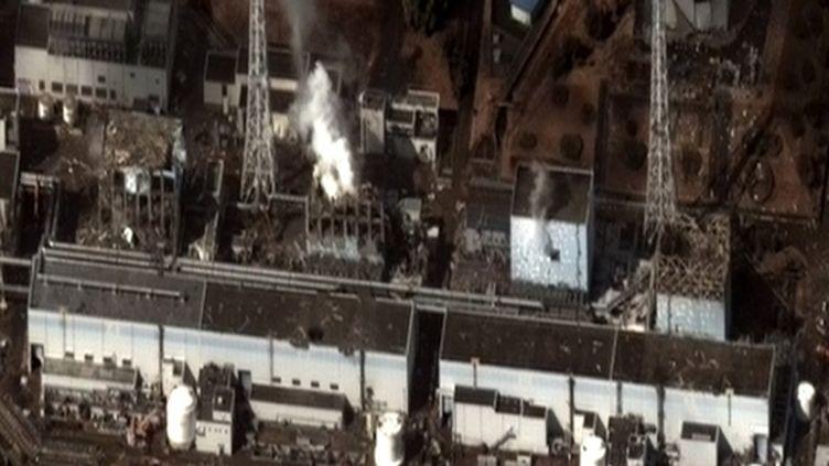La centrale atomique japonaise de Fukushima-Daiichi accidentée par le séisme et le tsunami du 11 mars 2011 (PHOTO AFP)