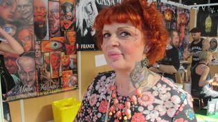 Brigitte, vendredi 6 mars 2015 lors du Mondial du tatouage organisé à la Grande halle de la Villette, à Paris. (VINCENT MATALON / FRANCETV INFO)