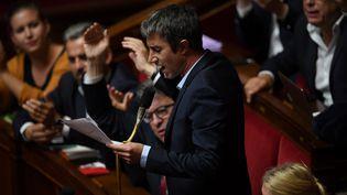 Le député de La France insoumise François Ruffin, à l'Assemblée nationale à Paris, le 2 octobre 2018. (CHRISTOPHE ARCHAMBAULT / AFP)