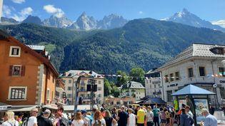 Près de 70 000 speectateurs sont attendus ce week-end du 27 au 29 août pour encourager les participantsau mythique Ultra-Trail du Mont-Blanc. (JÉRÔME VAL / RADIO FRANCE)