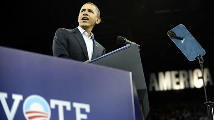 Le président américain Barack Obama à son dernier meeting avant le scrutin de mi-mandat, à Cleveland (31/10/2010) (AFP/JEWEL SAMAD)