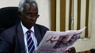 Les tirages du journal indépendant soudanais «Al-Tayar» des 10 et 11 juin 2018ont été saisis par des agents du NISS. (ASHRAF SHAZLY / AFP)