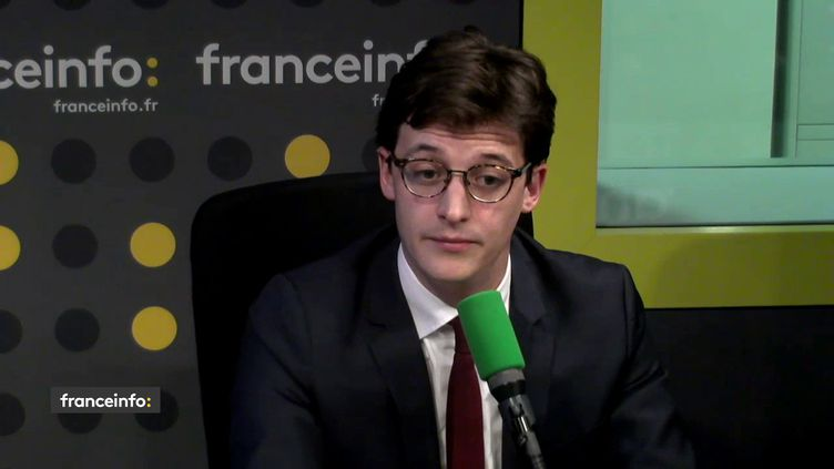 Le député La République en marche de la Vienne Sacha Houlié était l'invité de L'interview J-1, mercredi 29 novembre sur franceinfo. (FRANCEINFO / RADIOFRANCE)