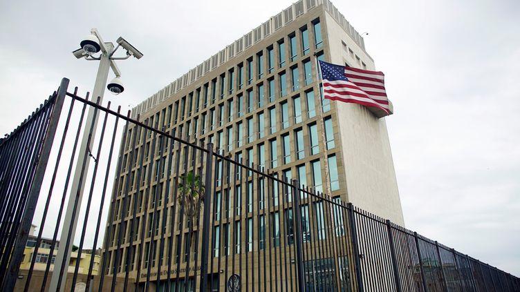 L'ambassade américaine à La Havane (Cuba), le 19 juin 2017. (ALEXANDRE MENEGHINI / X03465 / REUTERS)