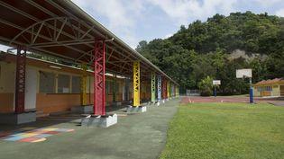 Une école à Pointe-à-Pitre en Guadeloupe, le 5 septembre 2017. (HELENE VALENZUELA / AFP)