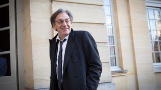 Alain Finkielkraut arrive à Matignon, à Paris, le 25 janvier 2016. (MAXPPP)