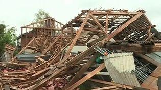 Des orages violents ont fait de nombreux dégâts ce dimanche 29 avril. En direct de l'Aube, Brice Bachon nous en dit plus sur les conséquences de cet épisode météorologique rude. (France 3)