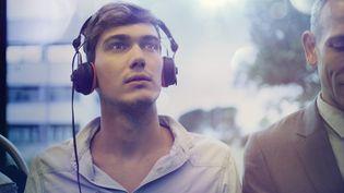 89% des 15-30 ans sont adeptes des casques audio. (INNOCENTI / CULTURA RF / GETTY IMAGES)