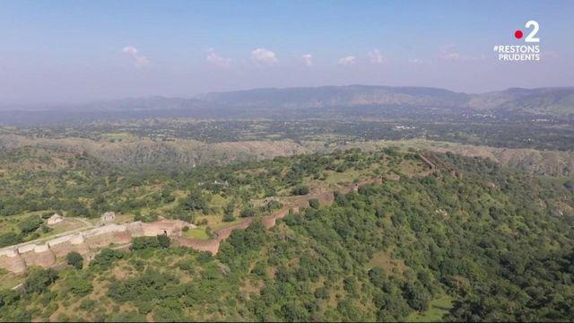 Inde : la grande muraille méconnue
