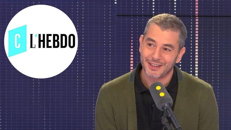 Ali Baddou, présentateur de l'émission C l'hebdo diffusée sur France 5. (RADIO FRANCE / FRANCEINFO)