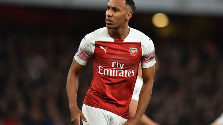 Pierre-Emerick Aubameyang (Arsenal) double buteur face à Leicester (GLYN KIRK / IKIMAGES)