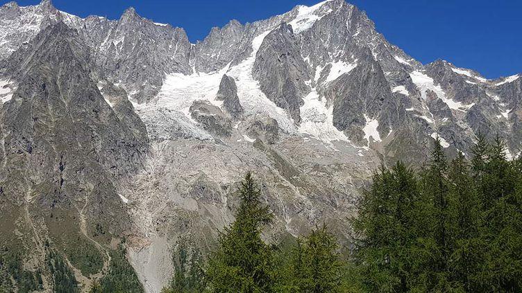 Le glacier de Planpincieux, dans le massif du Mont-Blanc, le 5 août 2020. (MAXPPP)