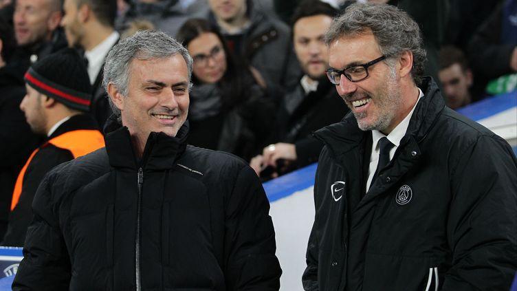 José Mourinho et Laurent Blanc avant Chelsea-PSG en 8e de finale retour de la Ligue des champions 2014-2015. (BACKPAGE IMAGES / BACKPAGE IMAGES LTD)