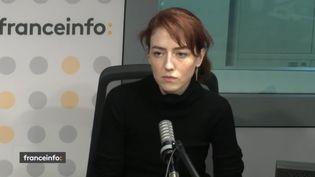 """La comédienne Blandine Bellavoir incarne Christine Villemin dans """"Une affaire française"""". (CAPTURE D'ECRAN FRANCEINFO)"""