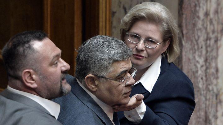 Eleni Zaroulia, membre du parti Aube dorée. (LOUISA GOULIAMAKI / AFP)