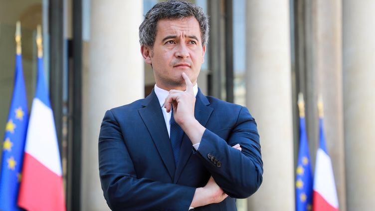 Gérald Darmanin, alors ministre de l'Action et des Comptes publics, lors d'une conférence de presse dans la cour de l'Elysée, le 24 avril 2020. (REUTERS)