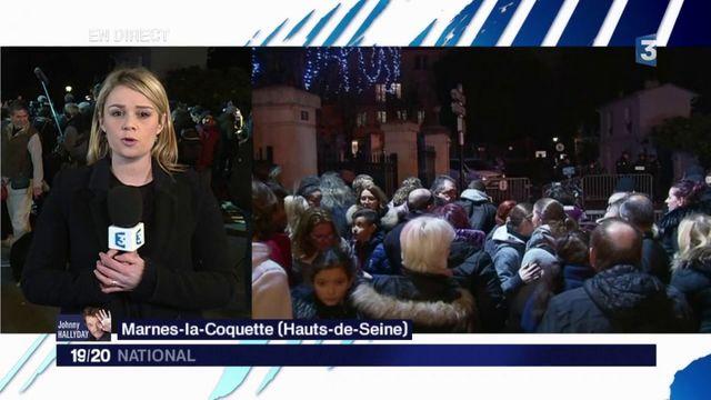 Johnny Hallyday : les fans se massent devant son domicile de Marnes-la-Coquette