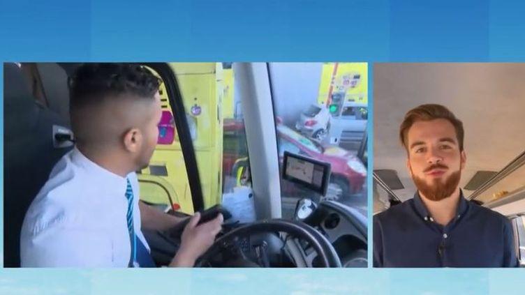 Kevin Gaignoux est dans un bus direction la Normandie et les plages du Calvados pour faire le point sur le trafic. (FRANCE 3)