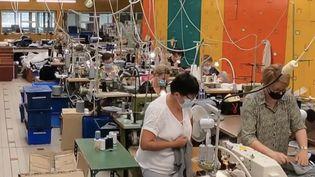 Économie : le renouveau de la production française de textile. (FRANCE 2)
