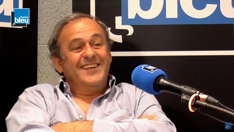 "Michel Platini, invité de ""Stade Bleu"", diffusé le 20 mai 2018. (FRANCE BLEU / RADIO FRANCE)"