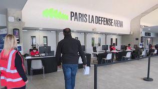 Le vaccinodrome installé dans le stade de La Défense Arena, dans les Hauts-de-Seine, a été ouvert lundi 3 mai. (CAPTURE ECRAN FRANCE 3)