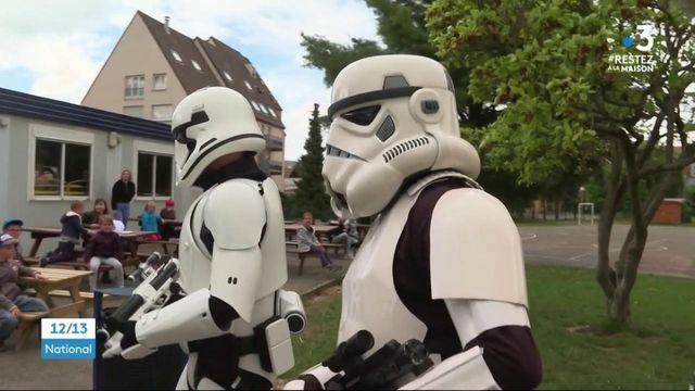 Des gendarmes déguisés en héros de Star Wars pour les enfants de soignants.