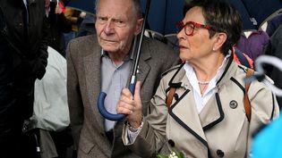 Pierre et Viviane Lambert, les parents de Vincent Lambert, devant le CHU de Reims, le 19 mai 2019. (FRANCOIS NASCIMBENI / AFP)