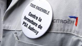 Sur les 8 000 postes à supprimer, PSA espère trouver 6 500 volontaires au départ. Le groupe prévoit de reclasser 1 500 salariés d'Aulnay à Poissy. (BENOIT TESSIER / REUTERS)