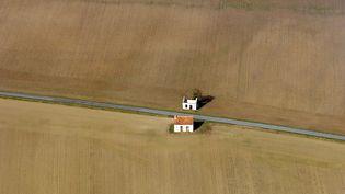Des champs de céréales dans l'Indre, en octobre 2007. (JEAN-FRAN?OIS SOUCHARD / BIOSPHOTO)