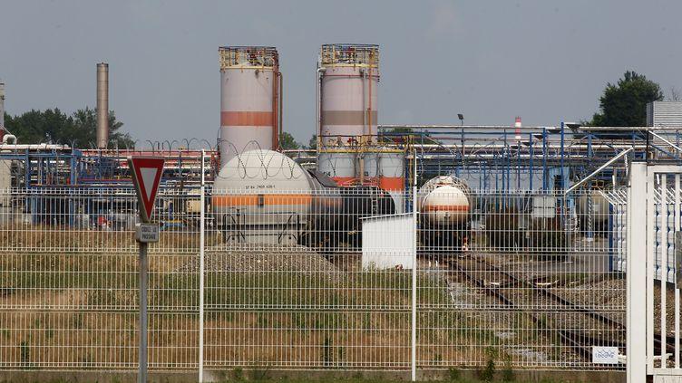 L'usine Sanofi de Mourenx (Pyrénées-Atlantiques), le 9 juillet 2018. (MAXPPP)