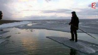 """""""Dans les forêts de Sibérie"""" de Sylvain Tesson, écrivain voyageur  (Culturebox)"""