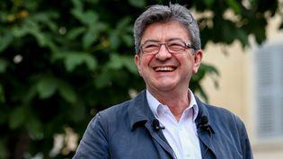 Jean-Luc Mélenchon participe à un meeting de campagne, avant le second tour des législatives, le 15 juin 2017, à Marseille. (DENIS THAUST / CITIZENSIDE / AFP)