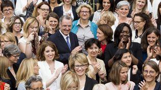 Richard Ferrand (au centre) a été élu président du goupe parlementaire LREM, le 24 juin 2017. (GILLES BASSIGNAC / AFP)