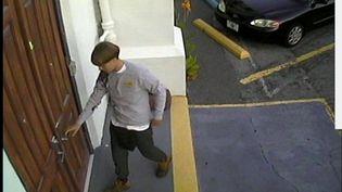 Capture d'écran d'une vidéo montrant le meurtrier présumé de la fusillade de Charleston (Caroline du Sud), le 17 juin 2015. (REUTERS)