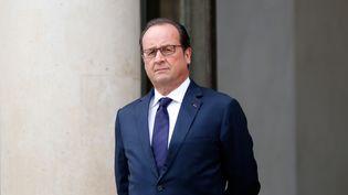 François Hollande à l'Elysée après une rencontre avec son homologue palestinien, Mahmoud Abbas, à Paris le 22 septembre 2015. (CITIZENSIDE / YANN BOHAC / AFP)