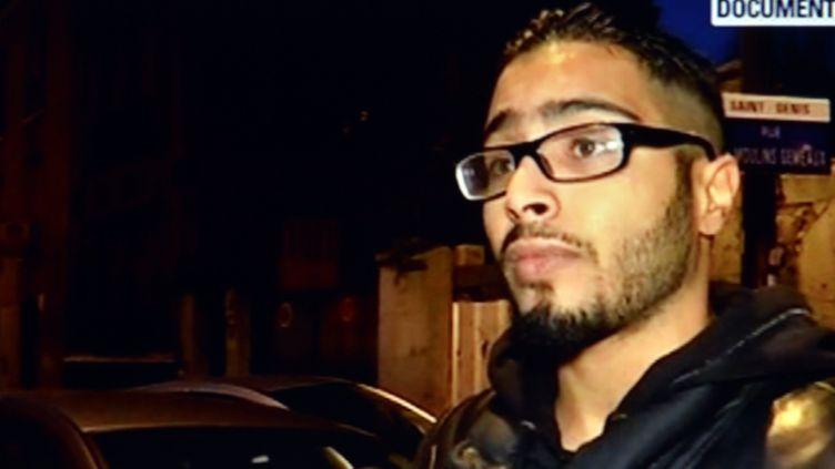 (Jawad Bendaoud, l'hébergeur présumé des terroristes à Saint-Denis, interrogé par BFMTV le 18 novembre©maxPPP)