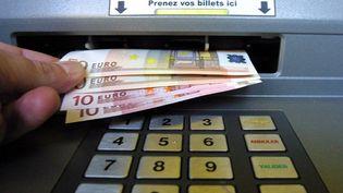 Seules25 banques de la zone euro, sur les 130 évaluées, ont échoué aux tests de résistance pratiqués par la Banque centrale européenne (BCE) et rendus publics dimanche 27 octobre 2014. (DAMIEN MEYER / AFP)