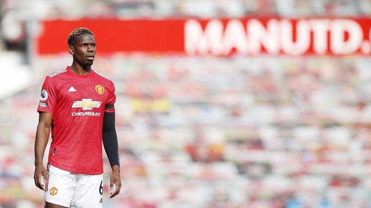 L'international français de Manchester United, Paul Pogba, le 18 avril sur la pelouse d'Old Trafford. (LYNNE CAMERON / DPPI / AFP)