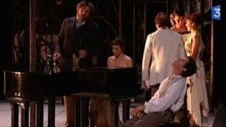 """Julie Brochen monte """"La Cerisaie"""" de Tchekhov avec Jeanne Balibar à l'Odéon  (Culturebox)"""
