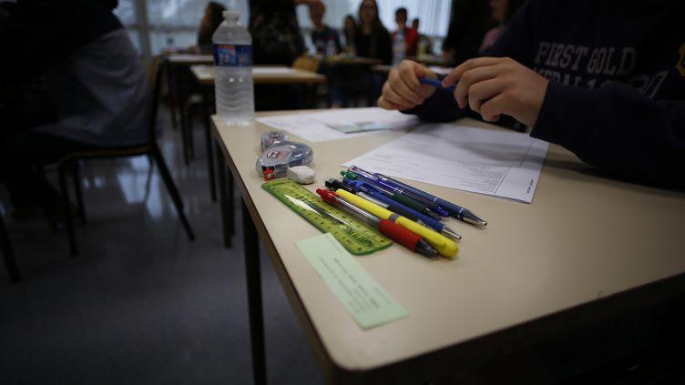 Sept professeurs des écoles ont porté plainte. (CHARLY TRIBALLEAU / AFP)