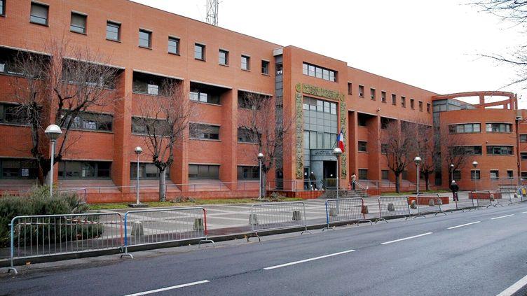 Le commissariat central de Toulouse, le 31 décembre 2005 (photo d'illustration). (DIDIER POUYDEBAT / MAXPPP)