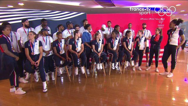 Moment d'émotion dans la fin de ces Jeux de Tokyo. Nos basketteurs et basketteuses se sont retrouvés pour parler de leur magnifique parcours mais surtout des médailles ! Encore félicitations et merci de nous avoir fait vivre ces moments !